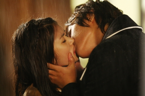 playful kiss 4